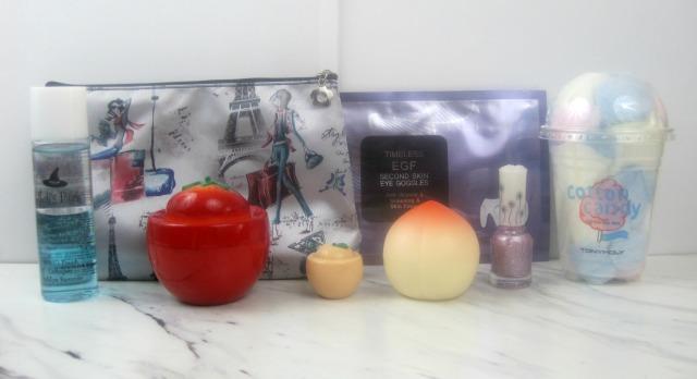 Beauteque Monthly June bag