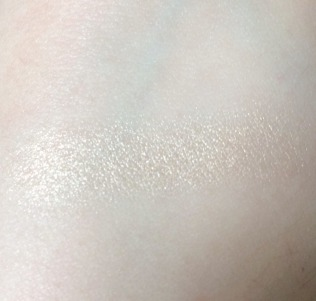 Ipsy May 2017 Highlighter Swatch